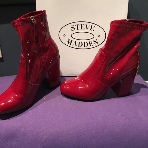 82b6cf93c5c BNWB Steve Madden patent leather gaze boots NWT